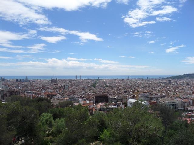 Blickar ut över Barcelona