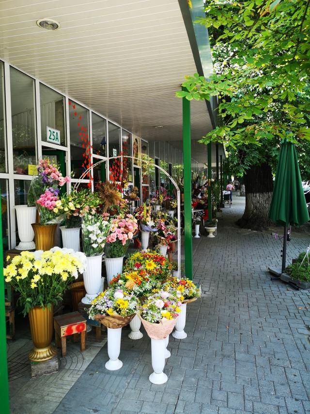 Försäljning av blommor i Chisinau