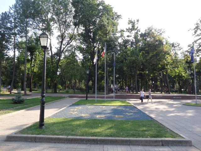 Stenar i mönster som EU-flaggan i Chisinau